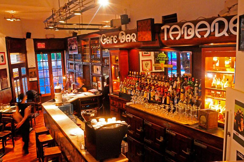 5-bares-clasicos-para-visitar-en-montevideo