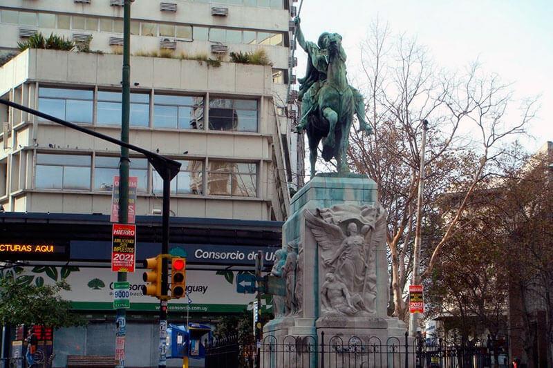 monumento-al-gaucho