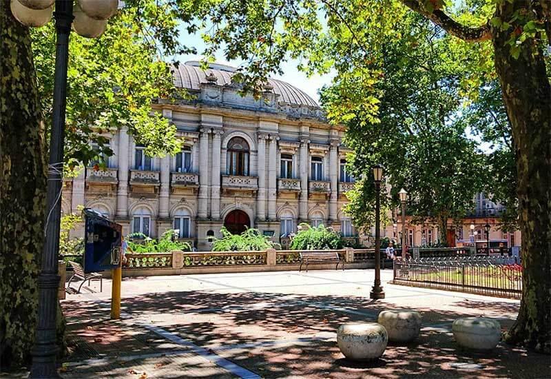 plaza-cagancha
